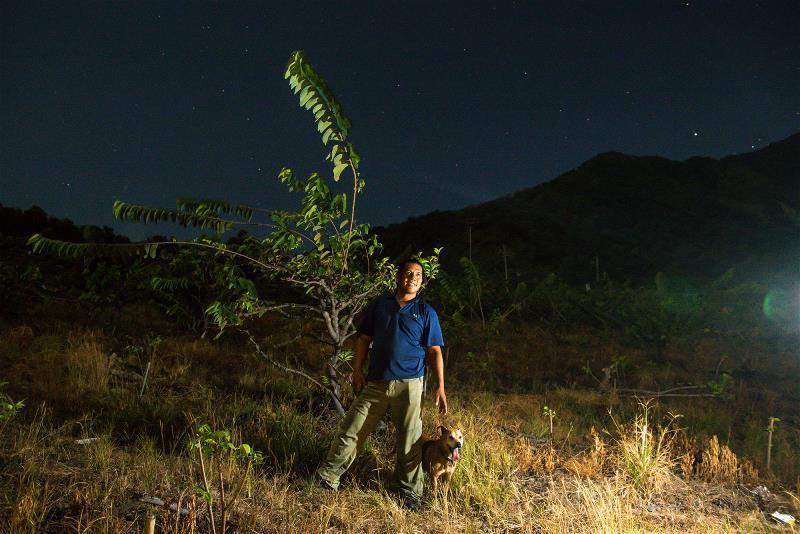 本身是森林警察的亞榮隆‧撒可努(Ahronglong Sakinu),長年以原住...