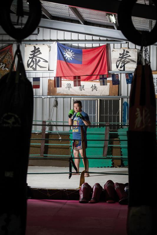 李智仁首開先例,將泰拳運用在台灣 拳擊比賽中,被尊稱為「台灣泰拳教父」。