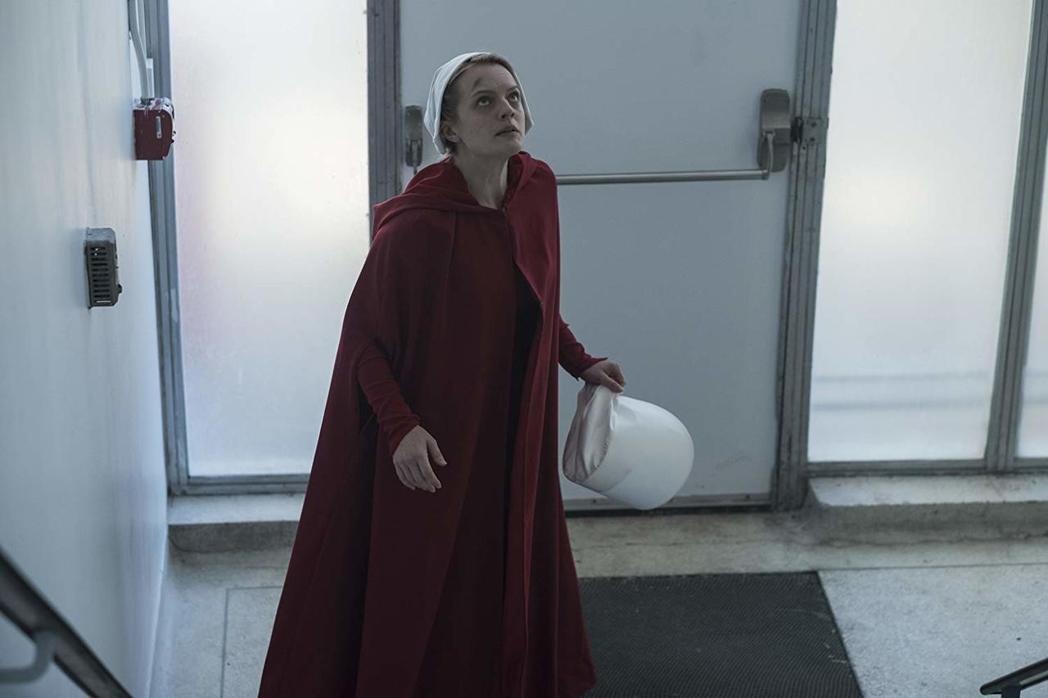 「侍女的故事」來勢洶洶,是本屆艾美獎的強棒。圖/摘自imdb