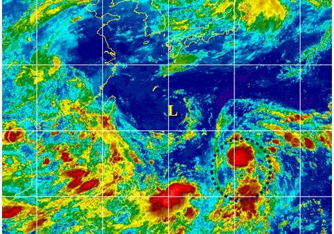 今(13日)晨2:30紅外線衛星雲圖顯示,關島西北方海面(黑虛圈),熱帶雲簇正在...