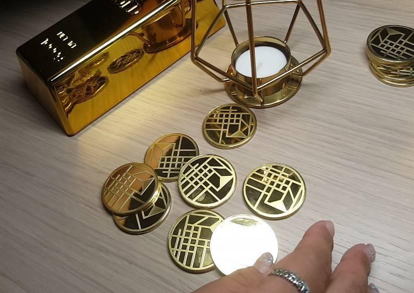 房客入住時,需要支付「金幣」才能品嚐早餐。記者陳睿中/攝影