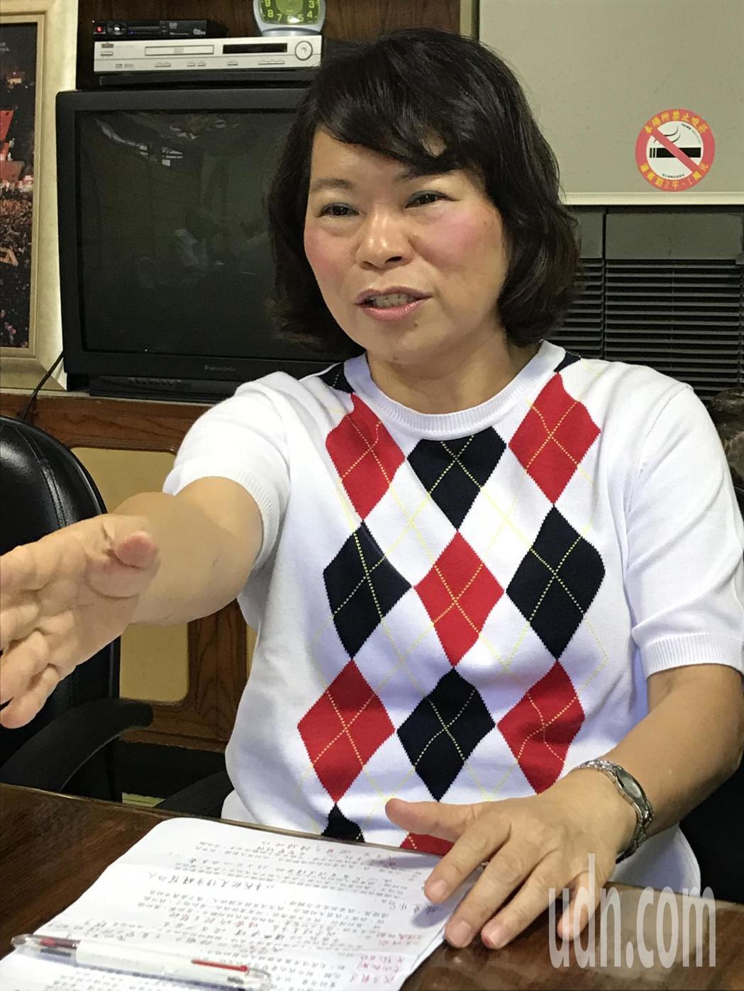 國民黨嘉義市長提名人黃敏惠喊出經濟5+1、幸福新嘉義。記者姜宜菁/攝影