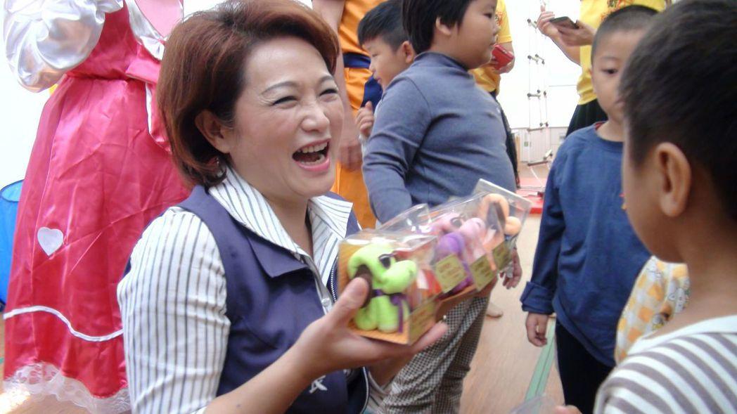 現年51歲的蕭淑麗,群眾魅力、口條俱佳,對中間選民頗有吸引力,加上現任議長的光環...