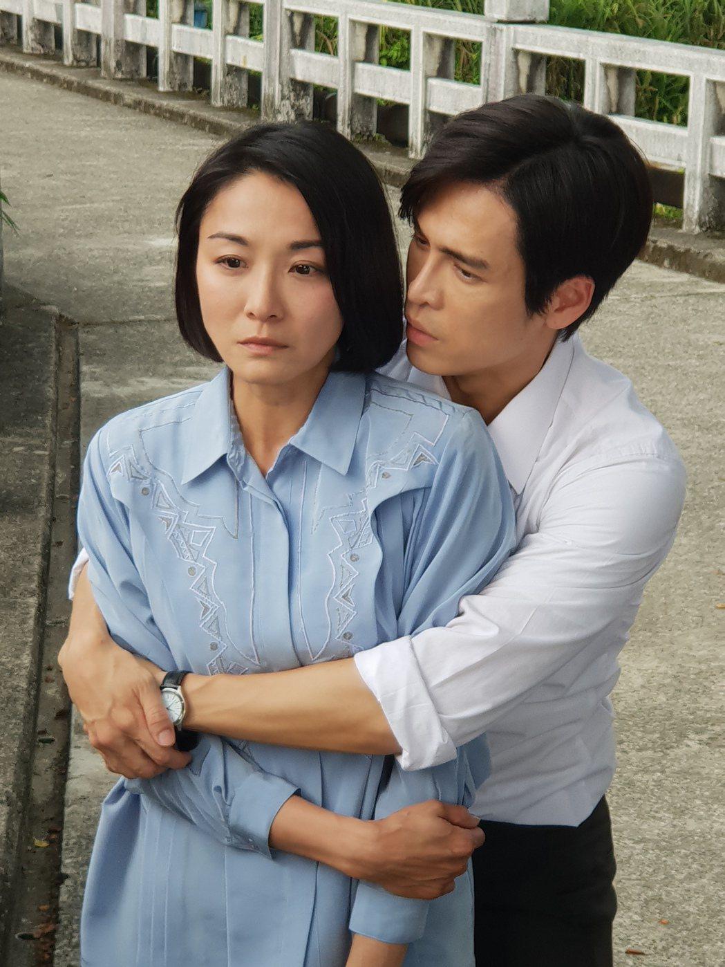 Gino在戲中對妻子江祖平呵護有加,卻又走不出嫉妒心魔。圖/民視提供