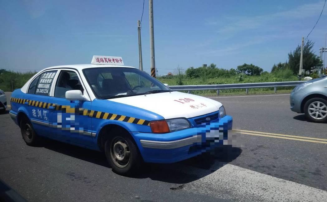 汽車考照強制道路考驗去年5月上路,加上國內少子化影響,多數駕訓班苦嘆「過去一年參...