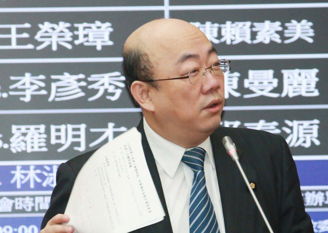 郭正亮曾因酒駕被逮,後來仍遞補不分區立委。 圖/聯合報系資料照片