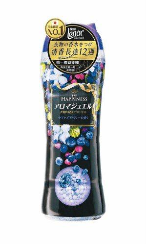 LENOR蘭諾衣物芳香豆,520ml售價299元。 P&G寶僑家品/提供