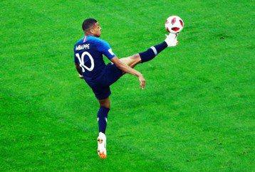 量產姆巴佩?法國國家足球學院的光與影