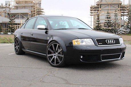 猜猜車齡15年的Audi RS6性能房車能賣多少錢?