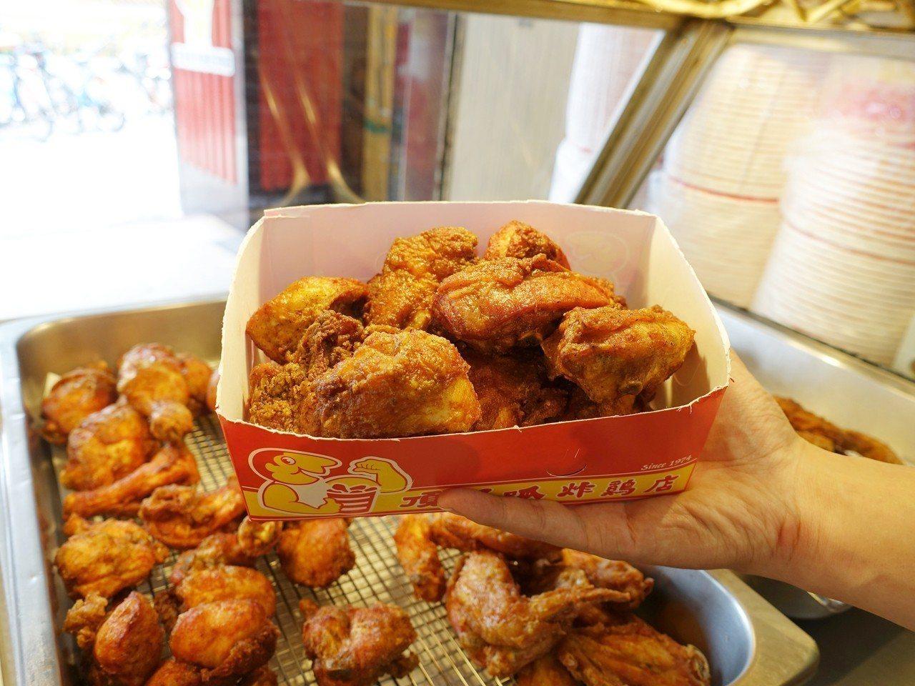 即日起至7/31前可於門市購買一斤雞生日餐,售價180元。記者張芳瑜/攝影