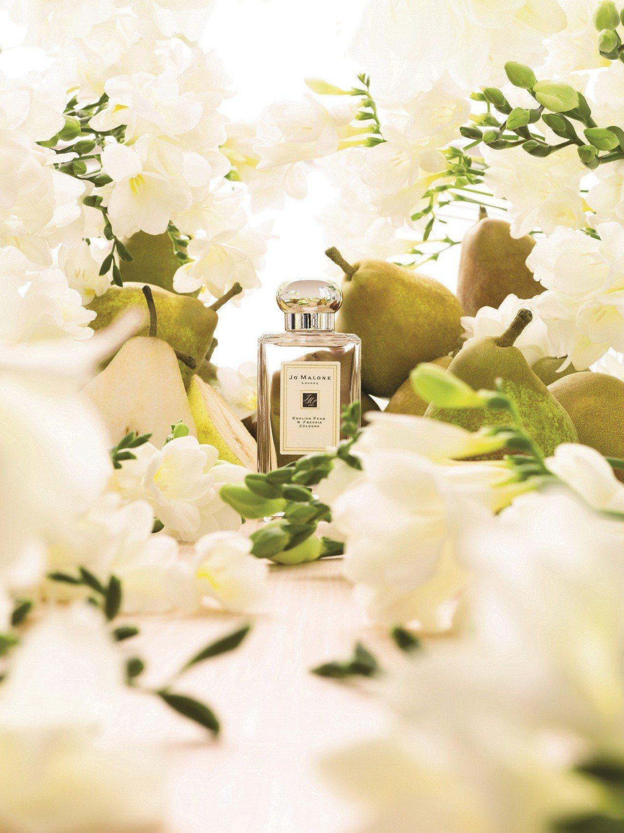 Jo Malone在全球最受歡迎的英國梨與小蒼蘭香水,今年「JUST BECAU...