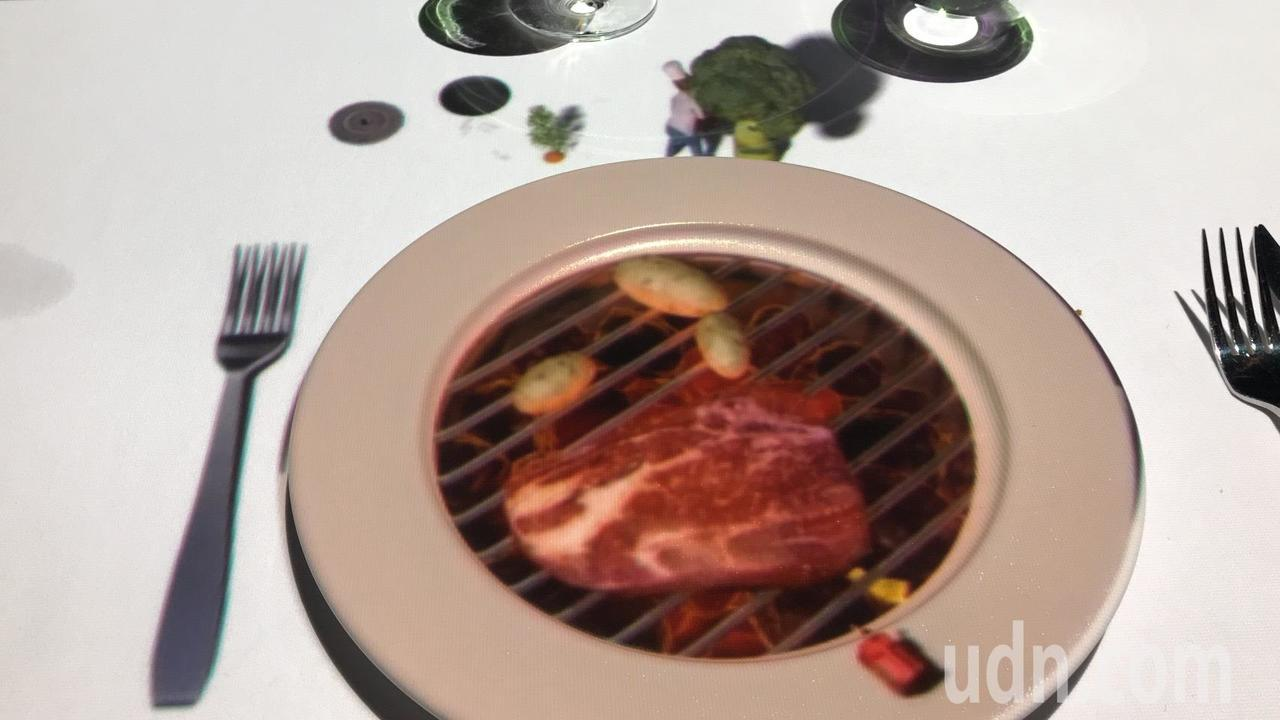 台南晶英酒店搶攻暑期餐飲市場,即日起到8月15日,引進比利時團隊利用3D裸視投影...