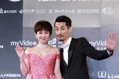 2018台北電影獎今晚在台北中山堂舉行,蔡燦得、陳竹昇擔任主持人。
