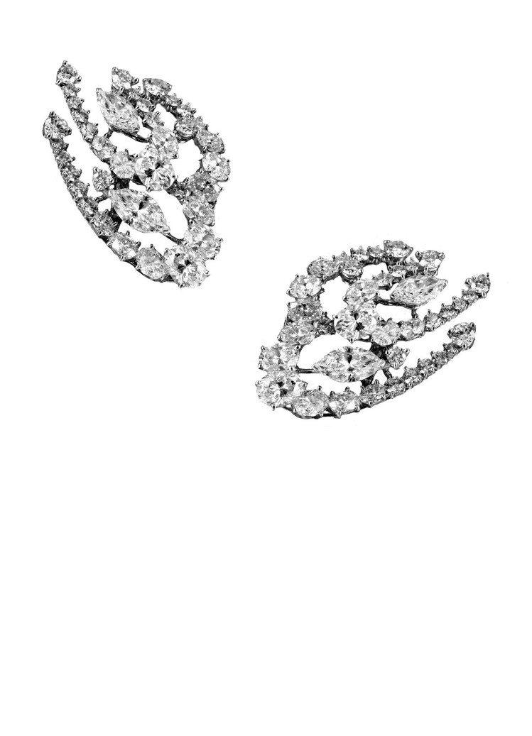 吳可熙配戴De Beers Milla 高級珠寶鑽石耳環,600萬元。圖/De ...