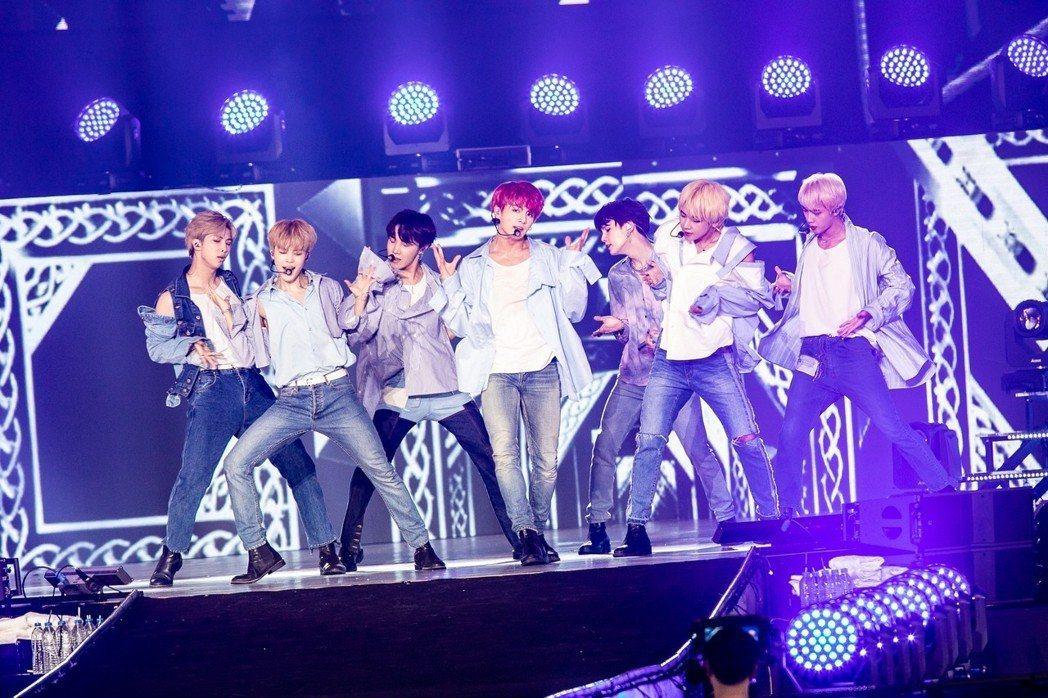 南韓偶像男團BTS防彈少年團多次收到死亡威脅。圖/JUST LIVE就是現場提供