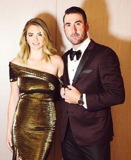 凱特阿普頓(左)已與MLB知名球員韋蘭德(右)結婚,並宣告懷孕喜訊。圖/摘自IG