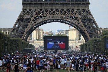 慶助法國奪冠 百萬人上街狂歡