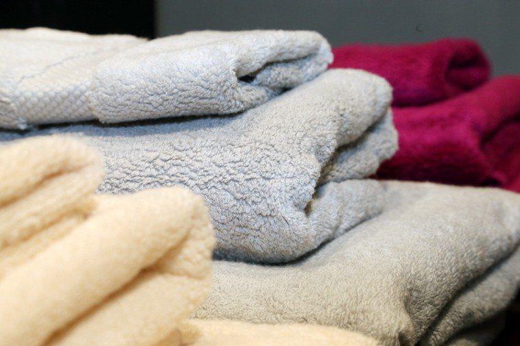 毛巾要定期清洗更換。報系資料照
