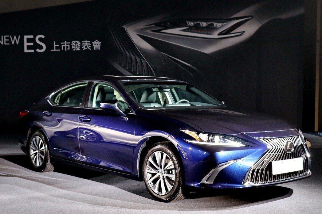 ES搭載LEXUS全新開發的GA-K新世代高剛性底盤 記者陳威任/攝影