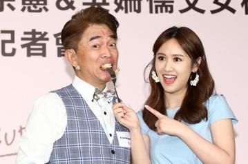 綜藝天王吳宗憲與女兒Sandy下午攜手代言鍋具品牌,父女兩人一同下廚、鬥嘴,父女間的親情顯露無遺。