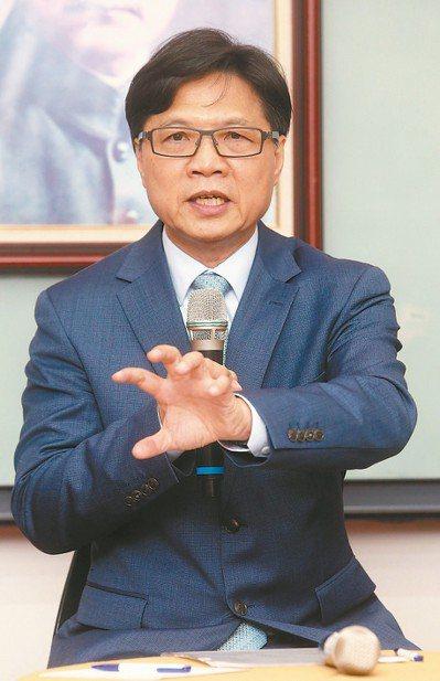 葉俊榮接任教育部長,他表示「未來一兩個月是處理台大校長案的黃金時期」。 記者胡經...
