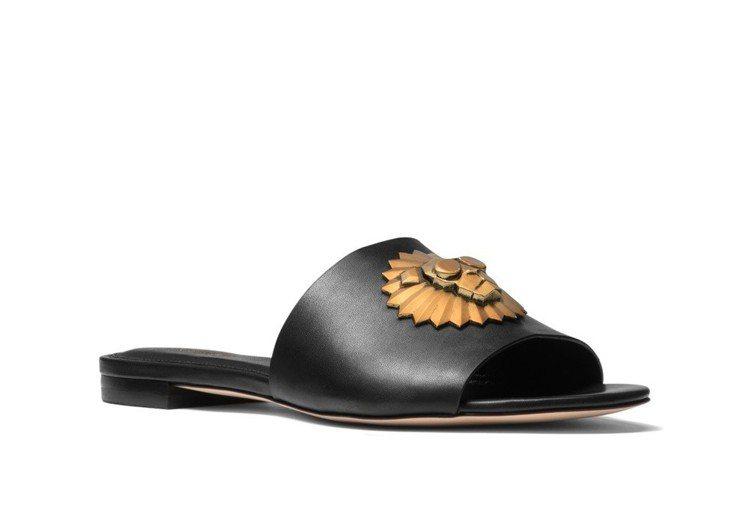 Rory系列拖鞋,售價6,000元。圖/MICHAEL KORS提供