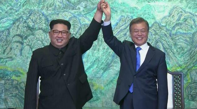 南韓總統府青瓦台發言人金宜謙今天表示,南北韓很可能按照「板門店宣言」中的約定於今...