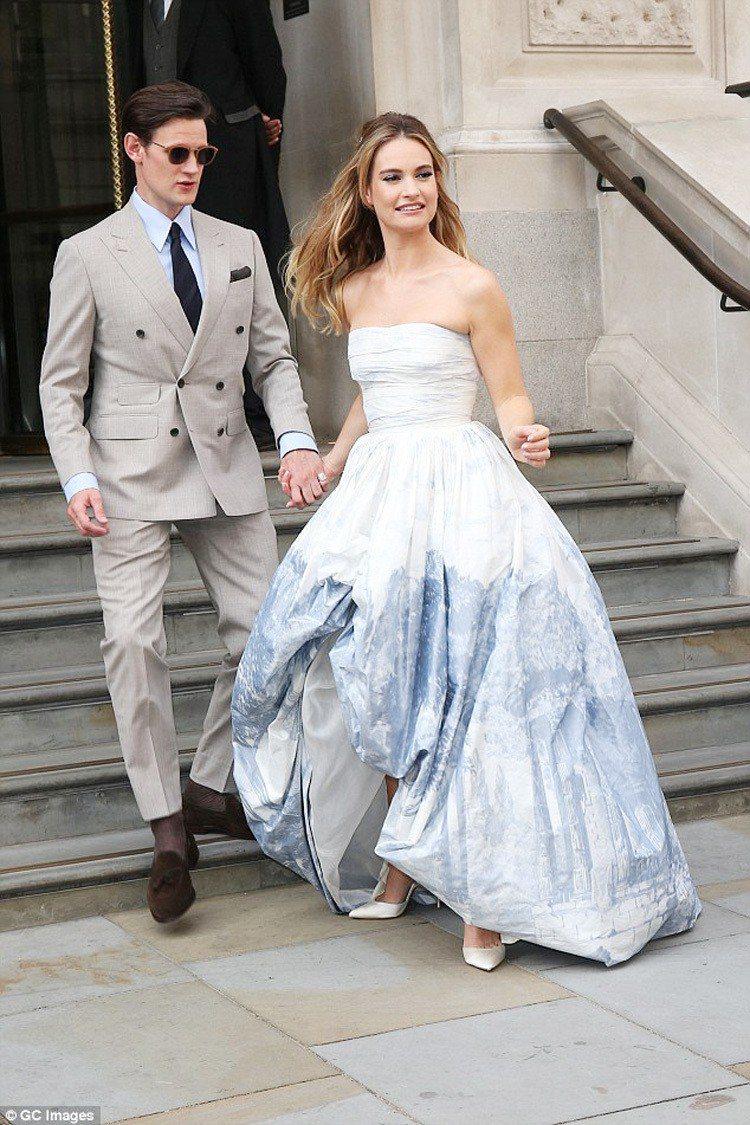 莉莉詹姆斯與男友 Matt Smith。圖/擷自每日郵報