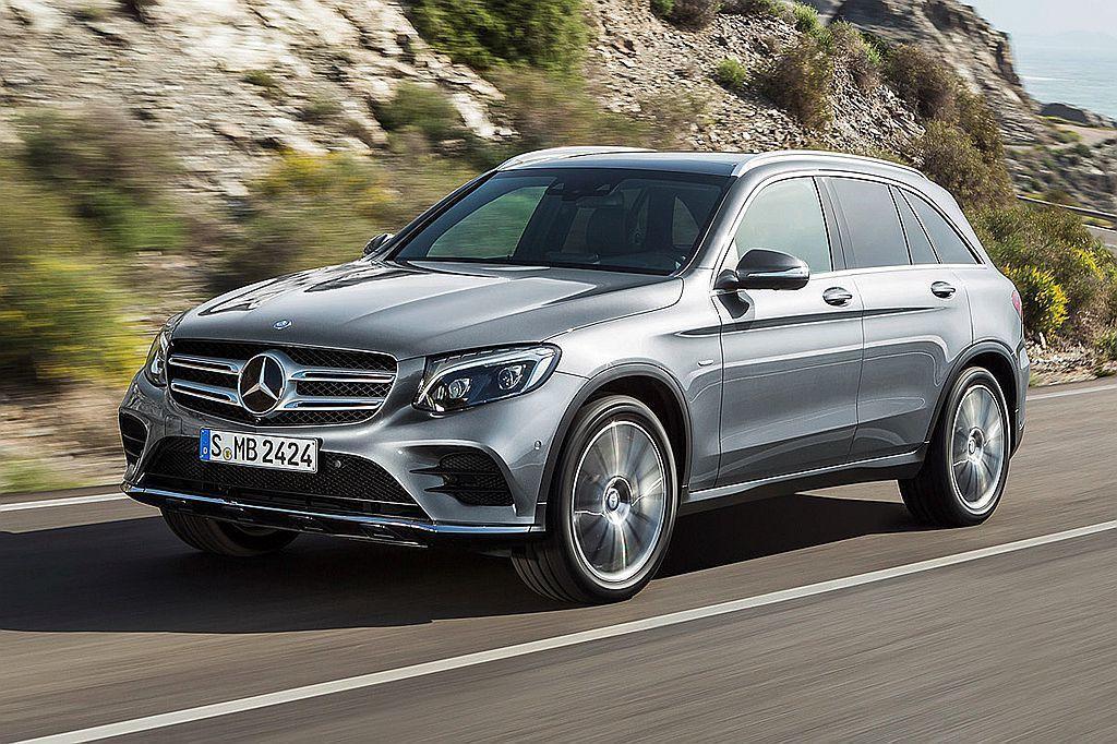 暢銷休旅排行榜中最令人吃驚的就是Mercedes-Benz GLC,以2,572...