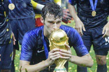 31場國際賽出賽未嚐敗果 法國奪冠有幸運福星