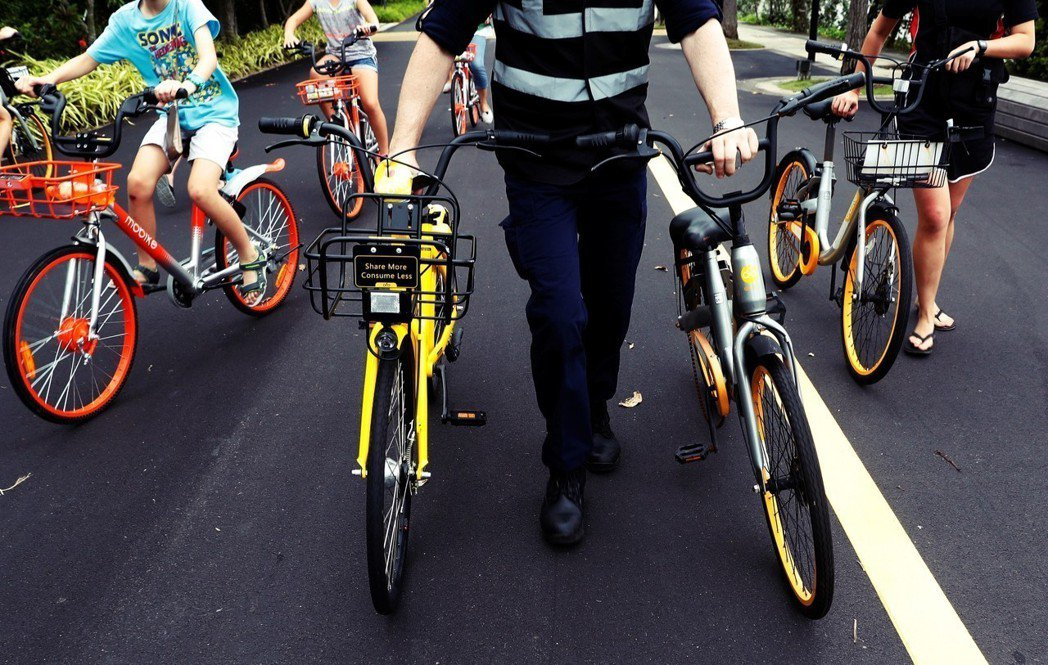 對於這個把「超出掌握的混亂」當成無法容忍之事的政府而言,新加坡可說是對於共享單車...