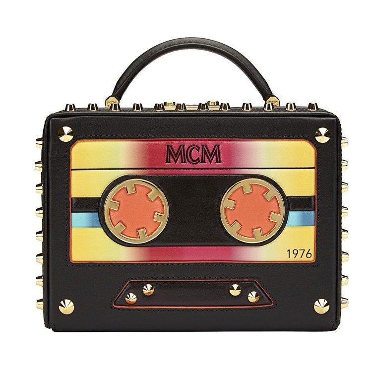 MCM Cassette Berlin黑色箱型包,售價46,500元。圖/MCM...