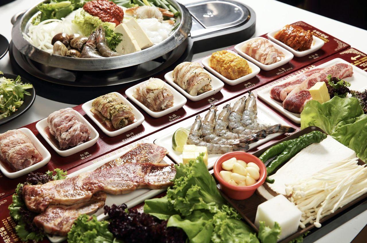 以八種不同風味的獨家醬料醃製的招牌五花肉。圖/八色烤肉提供