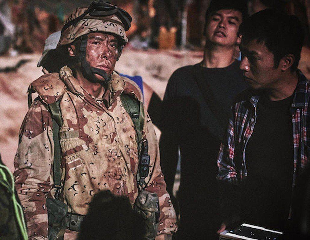 甄子丹扮演的老師陳俠,過去身分是特戰部隊軍人。圖/華映娛樂提供
