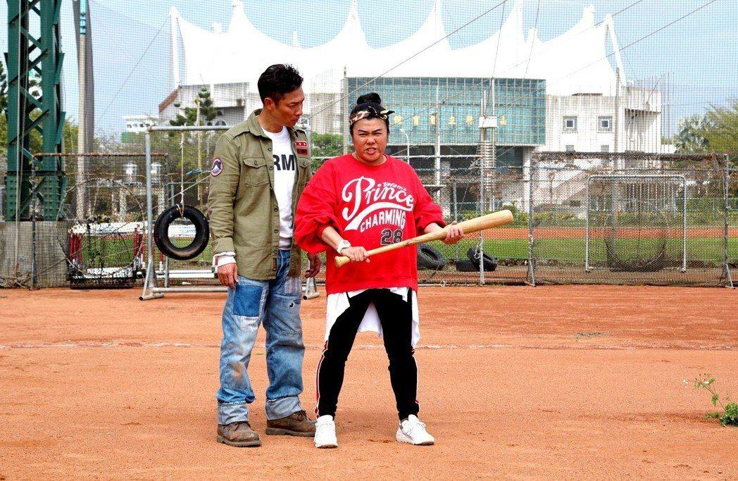 謝祖武搭檔的「童雅容」老師,已從賈欣惠變成林美秀飾演。圖/奧瑪優勢提供