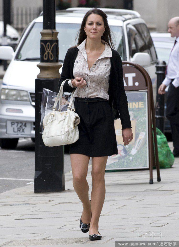 凱特婚前沒有做過一份正式的工作,被戲稱為「等待的凱特」。圖/達志影像