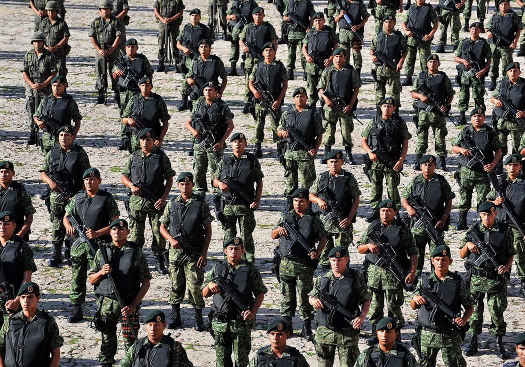美國力推「美利達計劃」(Mérida Initiative),向墨西哥軍警提供專...