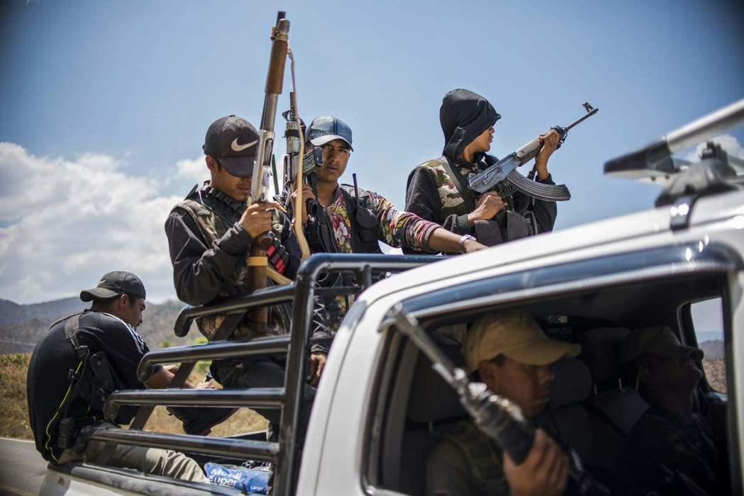 墨西哥的毒品暴力年代,一切如何開始?圖為格雷羅州的巡警。 圖/法新社
