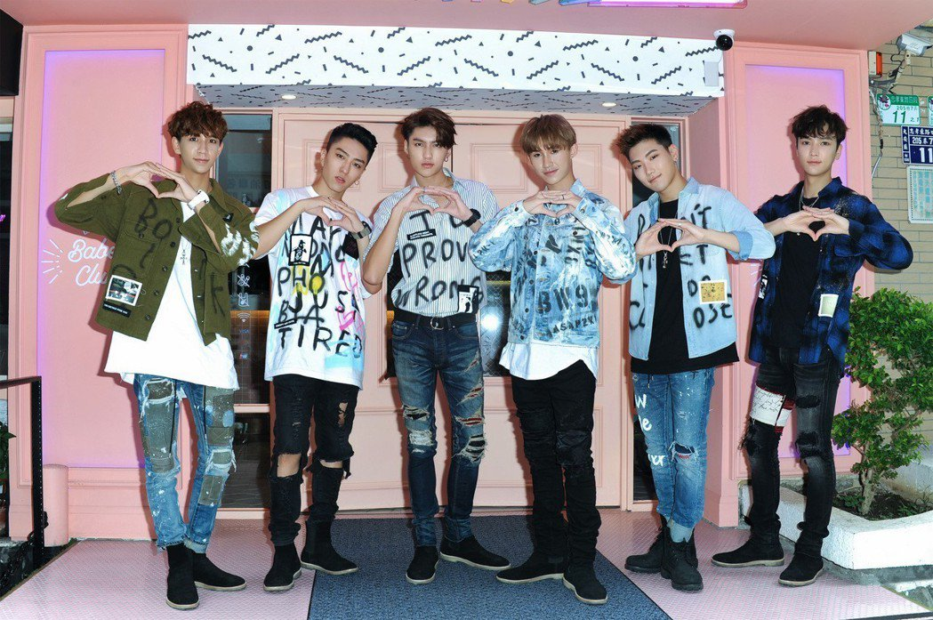 C.T.O 的6位成員仕偉(左起)、梓寧、薛恩、宇慶、振緯跟梓鑫。圖/環球提供
