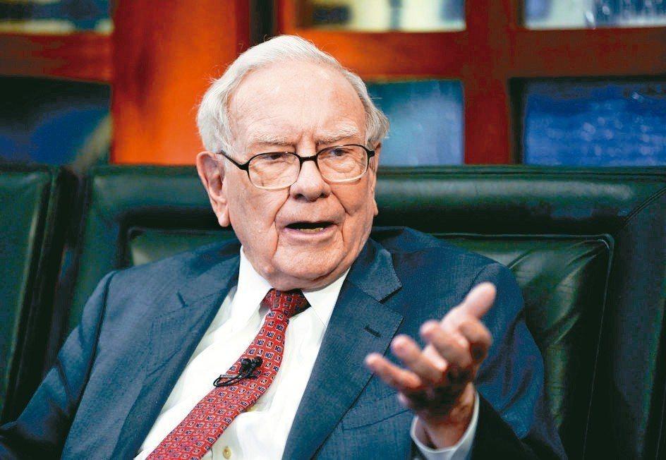 波克夏公司廢除買回自家股票的上限。圖為波克夏公司執行長巴菲特。 美聯社