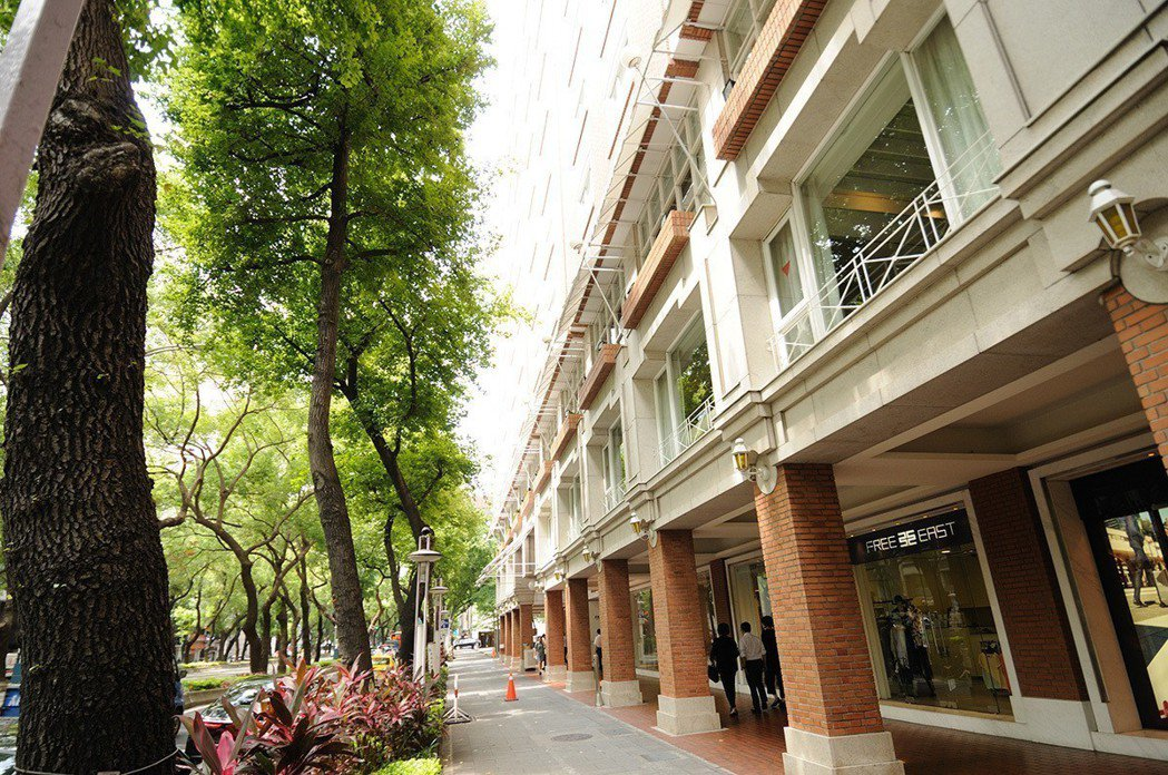 中山北路精品大道新成屋案「杜蘭朵公主」吸引不少海外退休族。 圖/杜蘭朵 提供