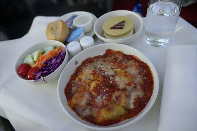 """友人點的""""Ravioli Ricotta with Spinach & Toma..."""