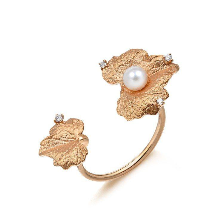 點睛品Journey「遇見」系列18K玫瑰金葡萄葉珍珠戒指,12,800元。圖/...