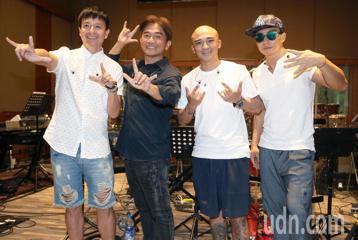 出道31年的本土天王吳宗憲,將在28日與「咻比嘟華」合體,首度在台北小巨蛋開演唱會,今天與「咻比嘟華」一起進錄音室彩排,為攻蛋做最後準備。