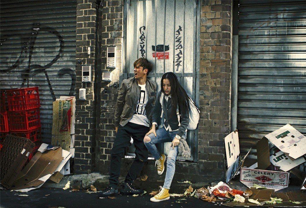 羅志祥與歐陽娜娜在「機器之血」有不少驚險場面。圖/衛視電影台提供