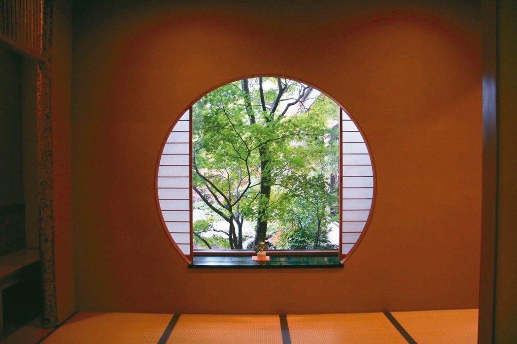 御宿Kawasemi走廊窗景。 圖/梁旅珠