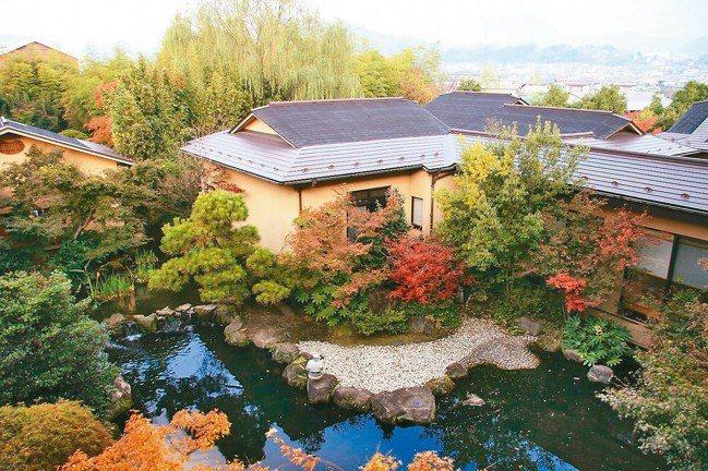 御宿Kawasemi的中庭庭園。 圖/梁旅珠