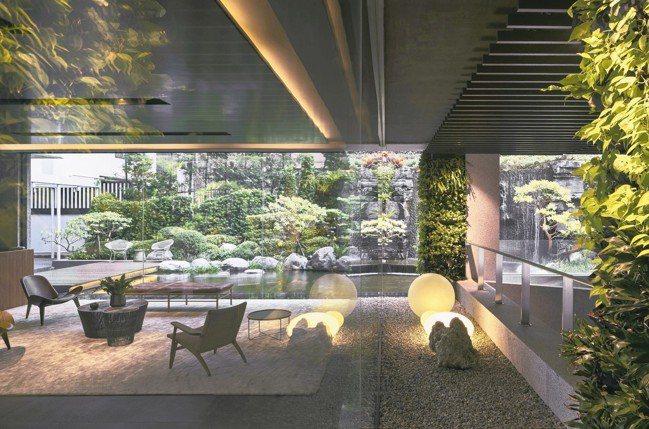 「福樺閱」如框景畫般的大廳景致。 圖/福樺建設提供