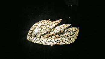 Wheat sheaf王冠,約1811年作品,金、銀材質製作9支麥穗造型珠寶,鑲...