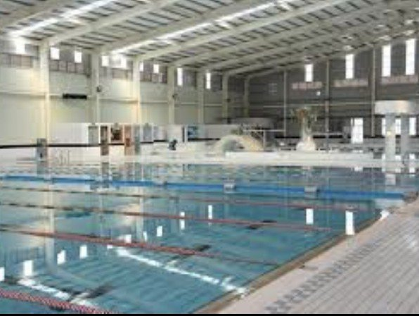 「長渼SPA生活休閒俱樂部」泳池乾淨明亮,讓客戶釋放壓力。 業者/提供